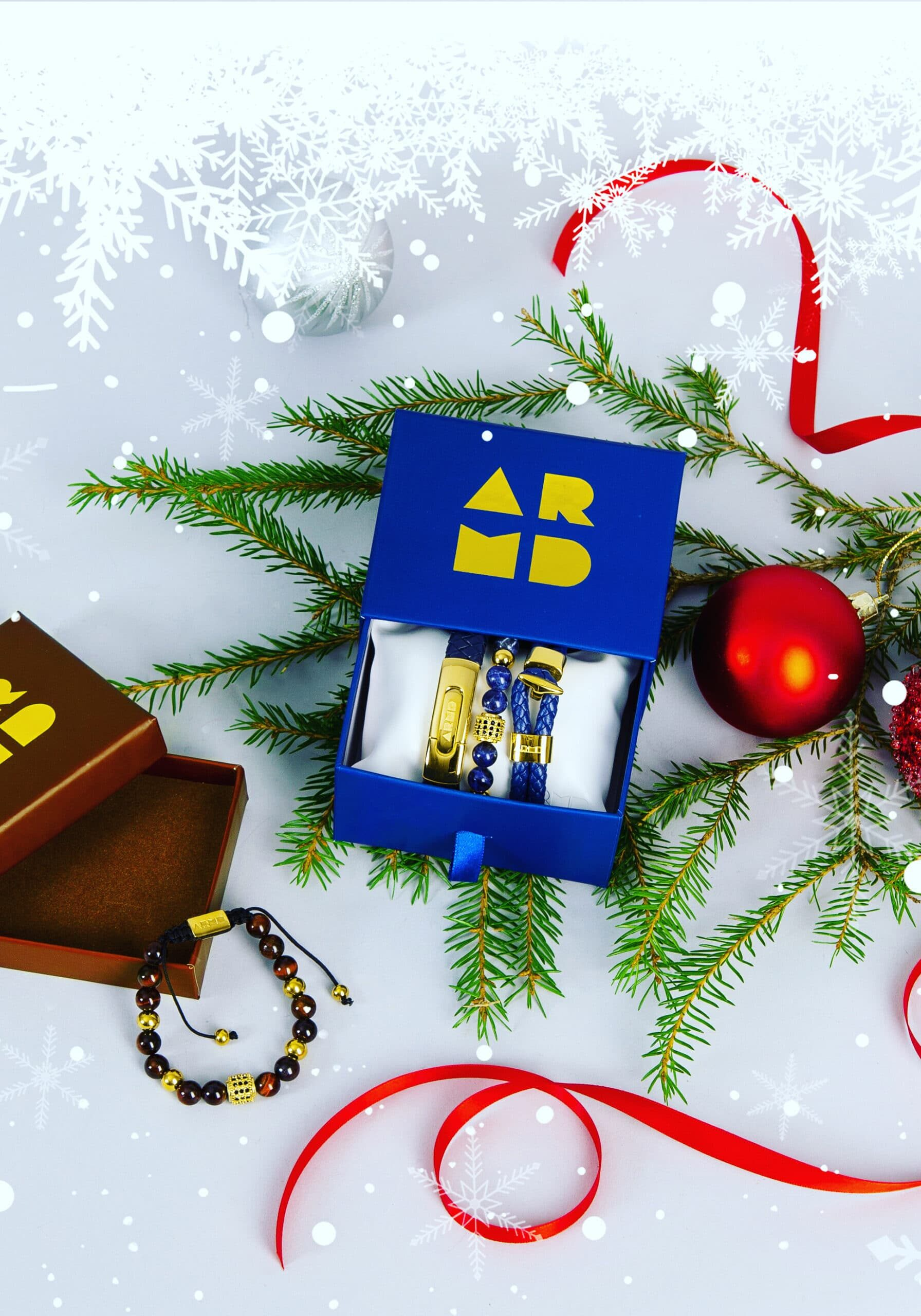 GETARMD Sodalite Gold and Gift Box Blue and Gold